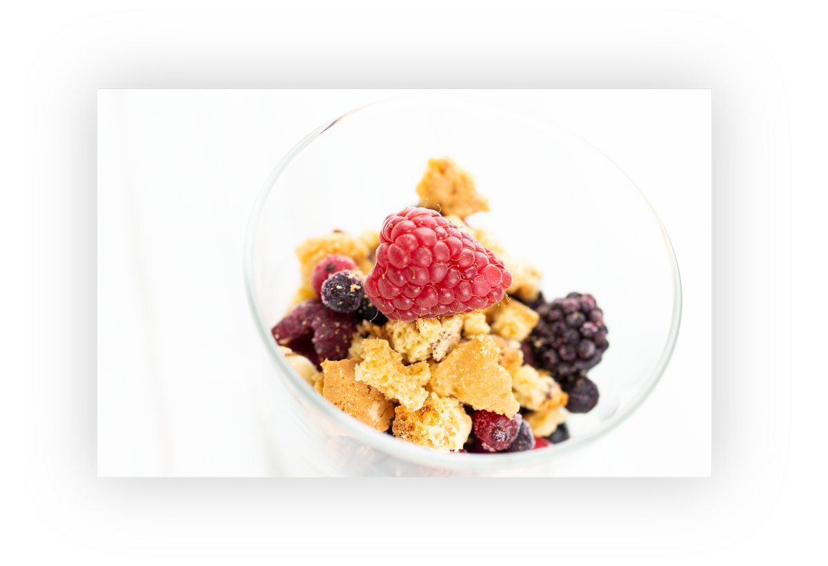 Frühstücks-Catering: Cantuccinis mit Quark und Beeren-Variation